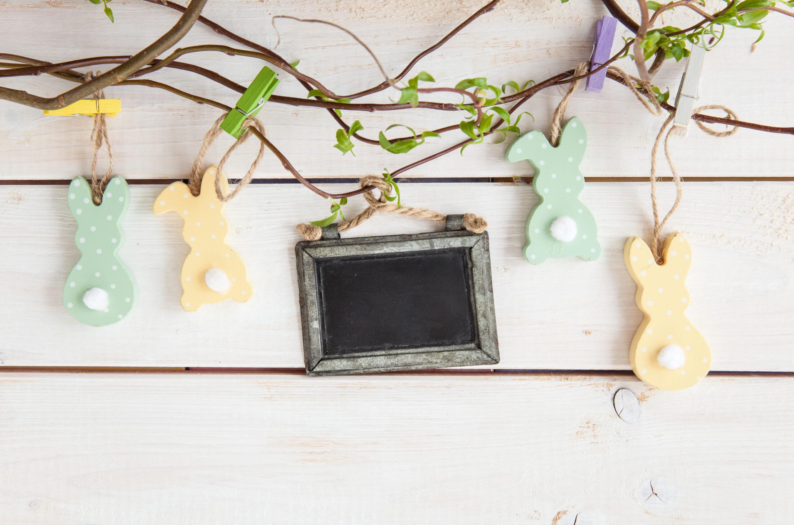 Húsvéti dekoráció ablakba