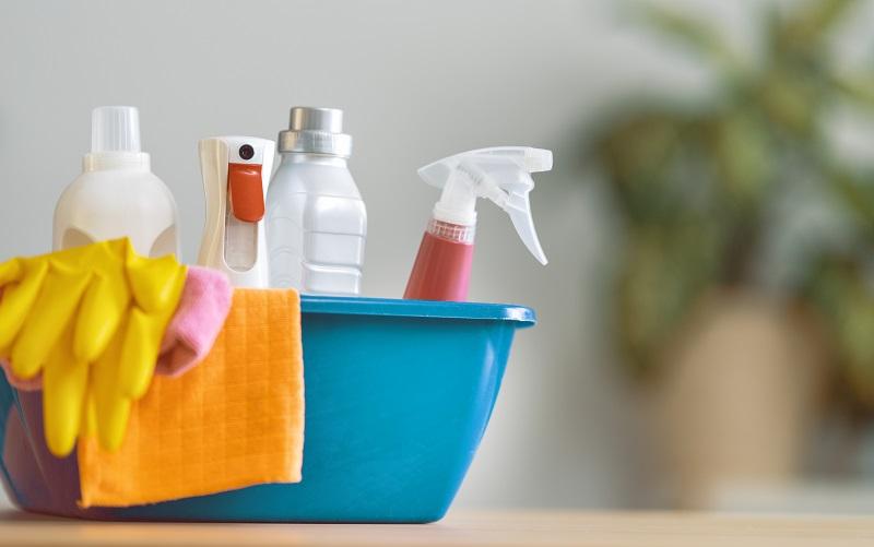 fertőtlenítés otthon saját tisztítószerekkel
