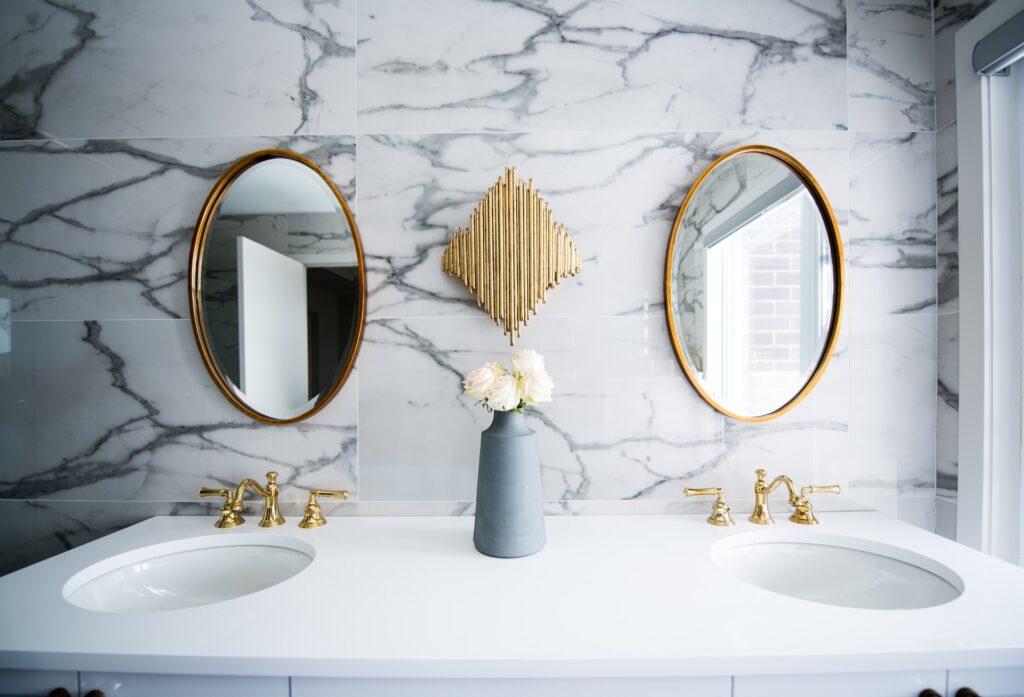 fürdőszoba dekoráció tükör