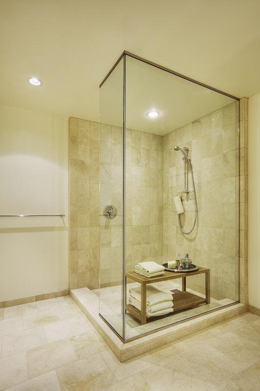épített zuhanyzó küszöb