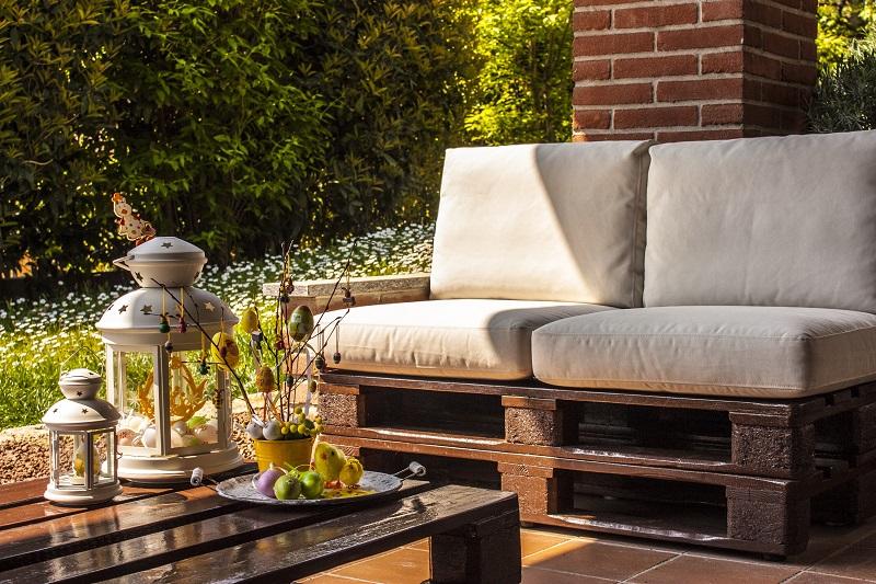 Raklap kerti bútor – így kell elkészíteni!