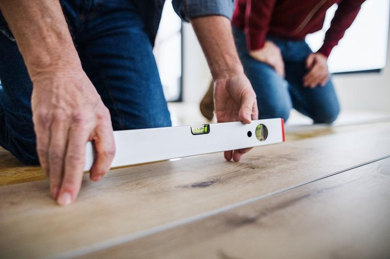 vinyl padló lerakása egyenletes felületre